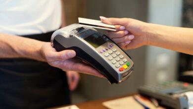 بطاقات الائتمان في دبي